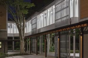 既存宿泊棟への渡り廊下(本工事)